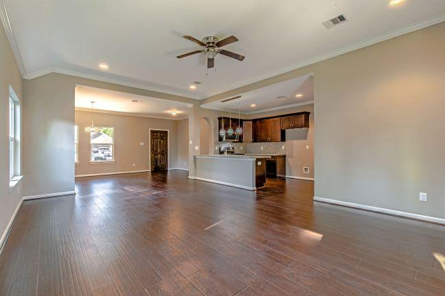 1610 - Living Room.jpeg